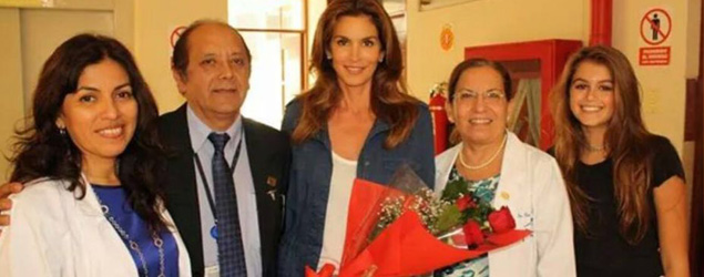 Cindy Crawford sigue recorriendo el Perú